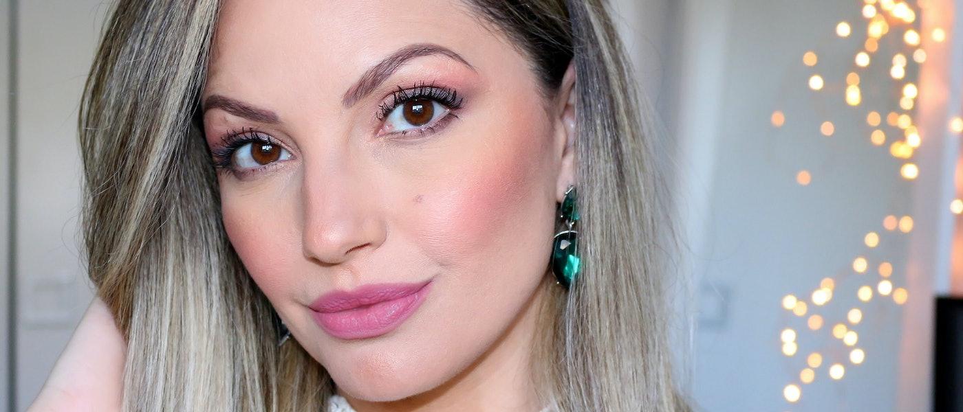 Faça uma Maquiagem Simples para o Dia a Dia com 10 Produtos Favoritos da Blogueira Bia Munstein