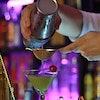 Prepare Drinks Famosos em Casa com 9 Bebidas Indicadas por Barman