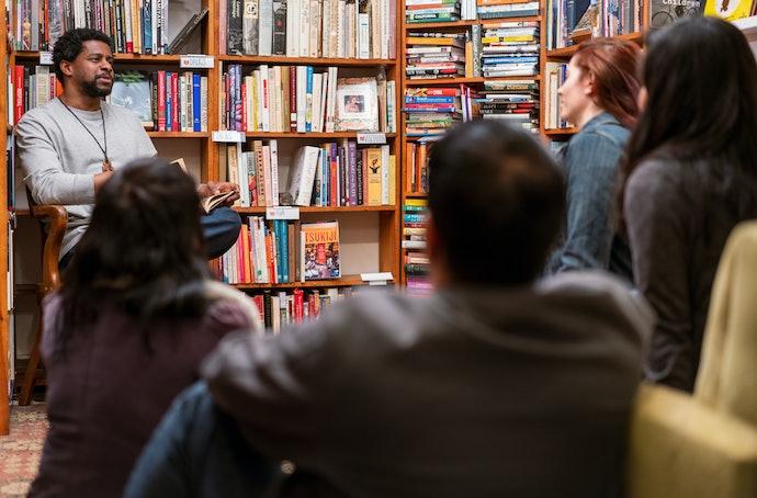 Conheça Mais Sobre os Autores e Veja Onde Eles Atuam