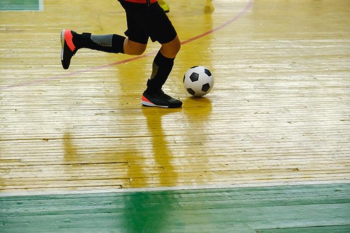 Chuteiras Adidas Futsal com Botinha e sem Cadarço São Firmes nos Pés