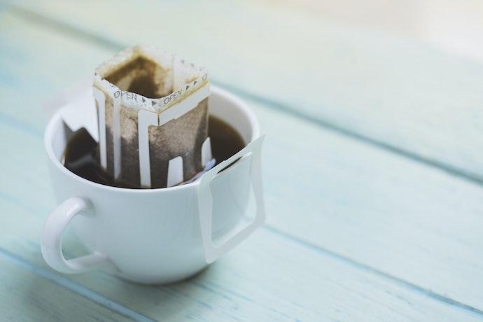 Sachês e Drip Coffee: Práticos para Levar na Bolsa e Preparar Onde Quiser