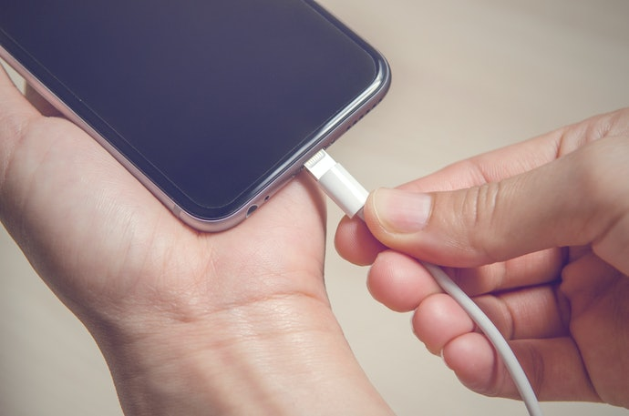Baterias de 4.000 mAh São Recomendadas para Quem Faz Uso Contínuo do Smartphone