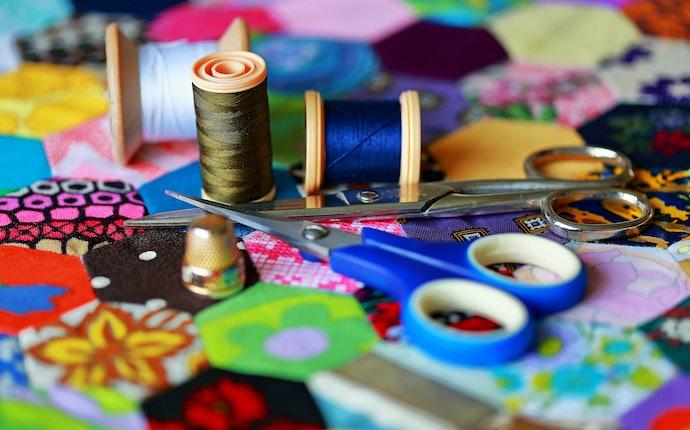 Descubra Quais São as Cores Disponíveis para Cada Tesoura de Costura