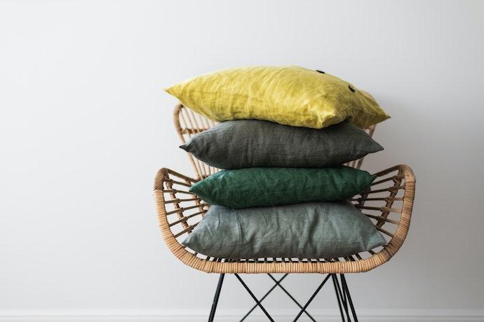 Verifique o Material do Enchimento da Almofada para Cadeira