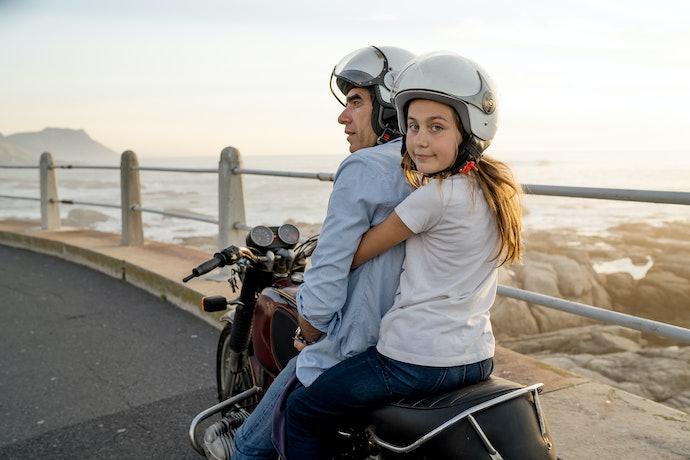 Por Que a Criança Deve Usar Capacete de Moto?