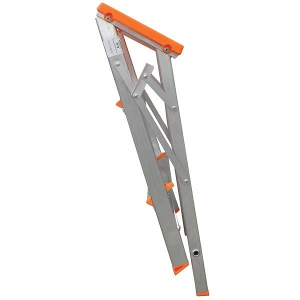 Escadas Bilaterais e Dobráveis Facilitam o Uso