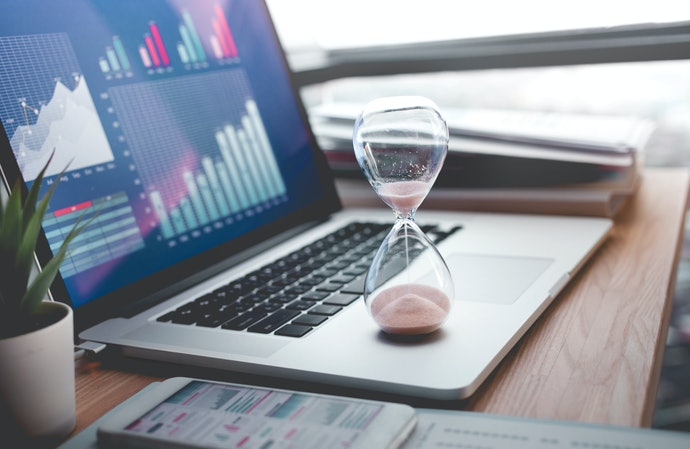 Até 10 Minutos para Atividades Simples e mais de 60 Minutos para Atividades Longas
