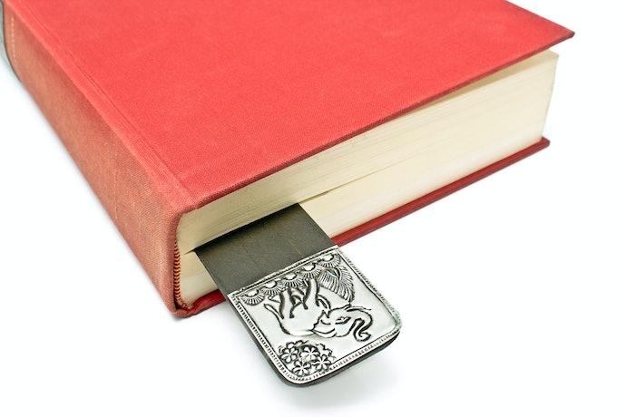 Para Livros, Prefira Marca-Páginas com Mais de 10 cm