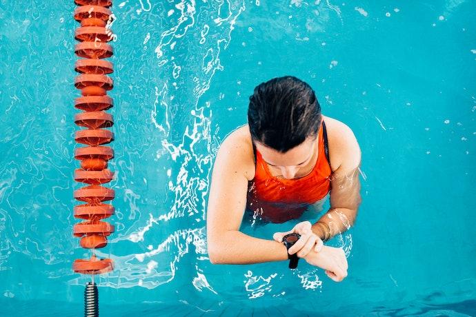 Vai Nadar ou Tomar Banho com o Relógio? Prefira Modelos com Resistência à Água