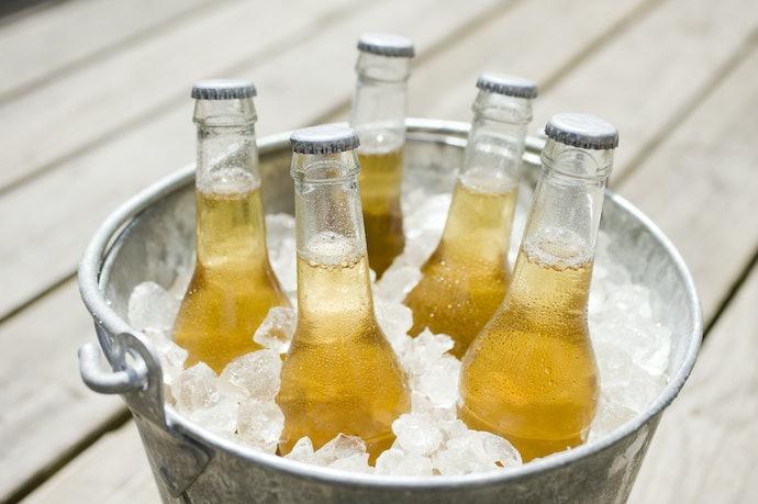 Quanto Maior For a Capacidade do Balde de Cerveja, Melhor