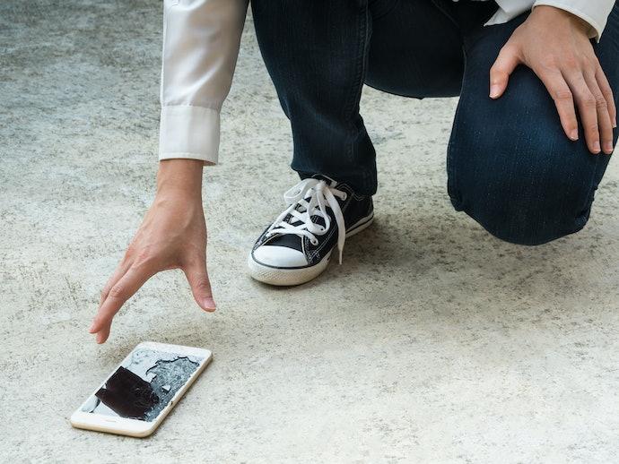 Como Proteger a Parte de Trás do iPhone 8 e do Plus?