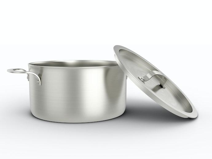 Alumínio: Leve e Aquece Rápido de Forma Regular
