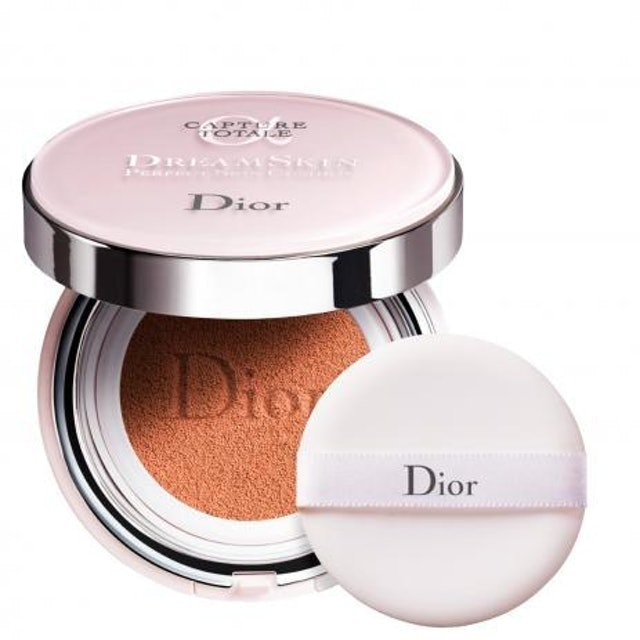 DIOR Base Cushion Capture Totale Dreamskin 1