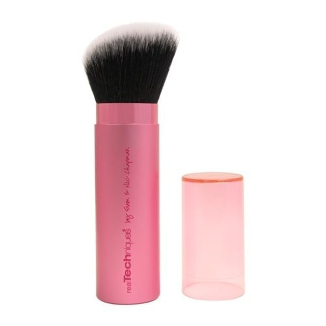 REAL TECHNIQUES Retractable Kabuki Brush 1